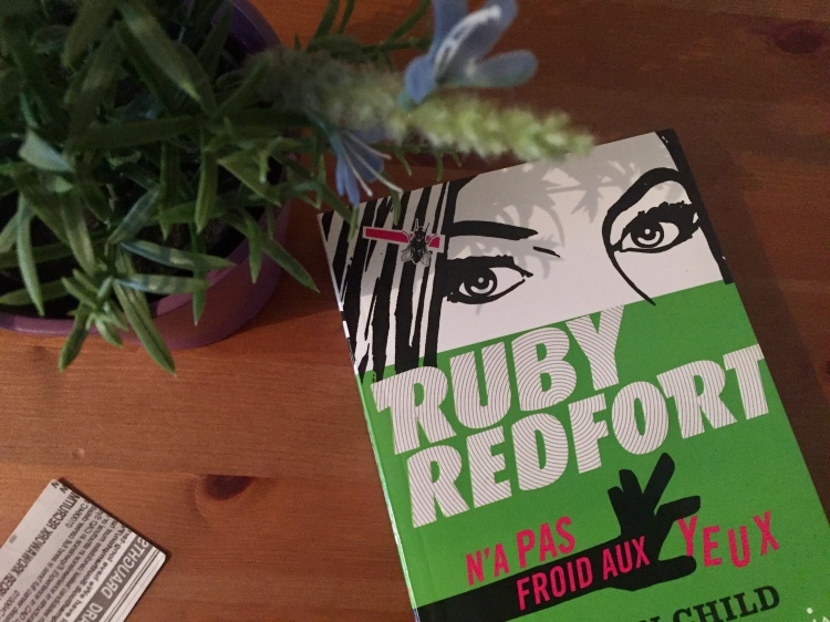 Ruby-Redfort-n'a-pas-froid-aux-yeux