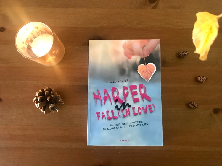 Harper-in-fall-(in-love)